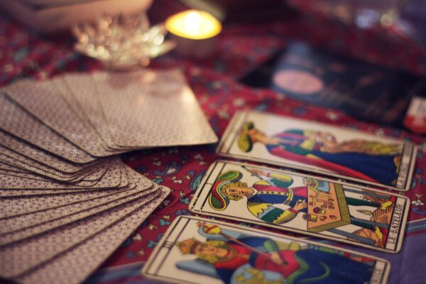 Waar te beginnen als je zelf divinatie wilt gebruiken: jouw methode kiezen
